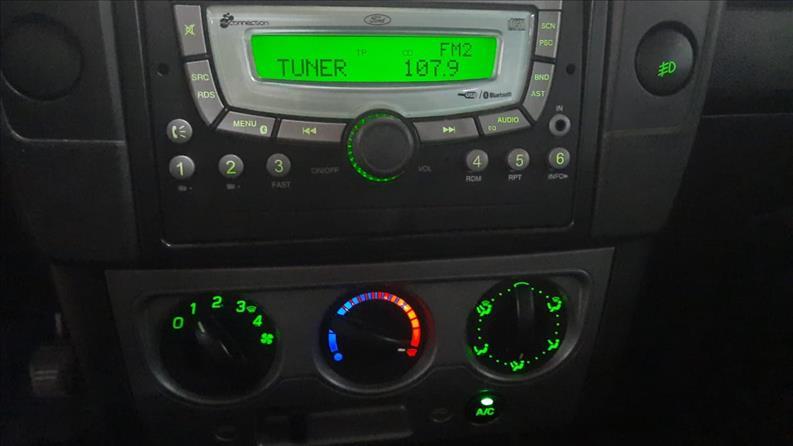ECOSPORT   1.6 Freestyle 16V  -      2011/2012   98240 km -      Flex   Preto